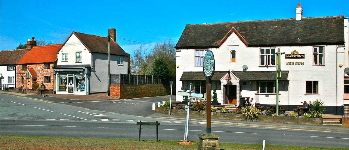 Hunnington Sun Pub